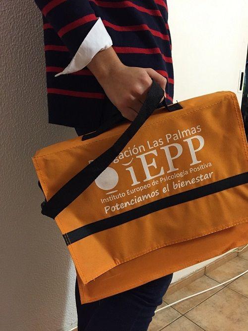 maletines personalizados instituto IEPP